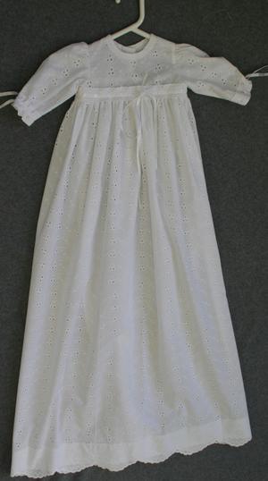 Dopklänning vit